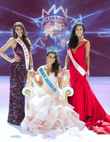 Miss World 2014, Miss South Africa, Rolene Strauss with runners-up Miss Hungary (left) and Miss United States (right)