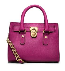 Michael Michael Kors €136.74 - Hamilton Mini Saffiano Messenger Bag http://bit.ly/12AnLDT