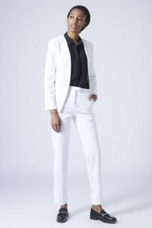 Topshop Premium £60/€77 - Textured Scuba Blazer £42/€54 - Cigarette Trousers http://bit.ly/1xRPixn