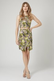 Topshop from €61.95/£45 - Jacquard Flower Crop SetTop http://bit.ly/1zlO6i5Skirt http://bit.ly/1EUf6Ke