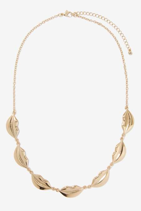 Nasty Gal €17.47 - Gettin' Mouthy Metal Necklace http://bit.ly/1KrittP
