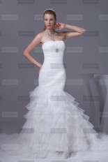 Fanny Crown €439 - Unique Sweetheart Long White Wedding Dress http://bit.ly/1FE7Hkt