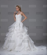 Fanny Crown €439 - Glamorous Spaghetti straps Long White Wedding Dress http://bit.ly/1LvzlFx