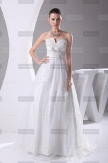 Fanny Crown €409 - Sublime V-neck Long White Wedding Dress http://bit.ly/18IMeu1