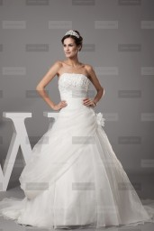 Fanny Crown €419 - Superb Strapless Long Ivory Wedding Dress http://bit.ly/1ByZDvl