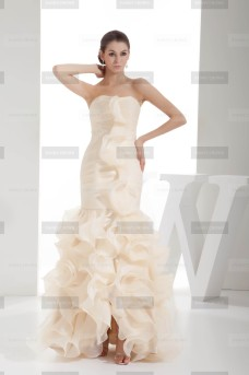 Fanny Crown €419 - Original Sweetheart Long Champagne Wedding Dress http://bit.ly/192AgLI