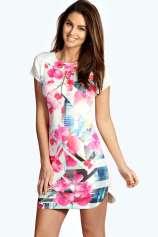 Boohoo €20 - Annabella Floral Digital Print Bodycon Dress http://bit.ly/1F4jAMT