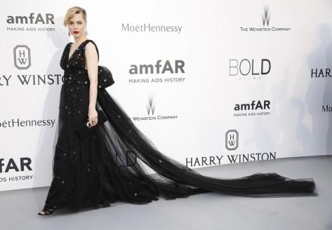 Melissa George in Schiaparelli Couture