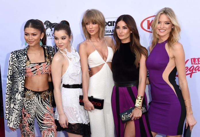 (L-R) Zendaya, Hailee Steinfeld, Taylor Swift, Lily Aldridge & Martha Hunt