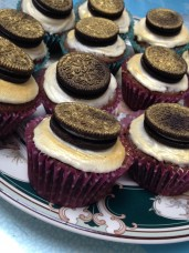 Oreo-topped Butter Icing Chocolate Cupcakes by Ellen