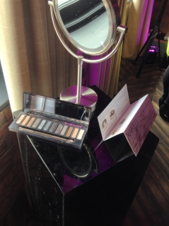 Killer Fashion Nirina Urban Decay Naked Smoky