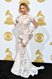 2014 Grammys - wearing Michael Costello