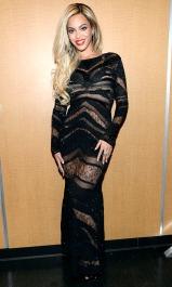 2014 DirecTV Super Saturday Night - wearing Roberto Cavalli