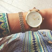 MVMT £101.77/75.36 - Gold Pearl Leather Watch http://en.pickture.com/pick/2394150
