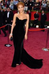 2005 Oscars - wearing Versace