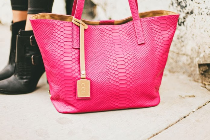 Gigi New York €300/$335 - Poppy Embossed Python Teddie Tote http://en.pickture.com/pick/2392589 (Photo by Dash of Darling)