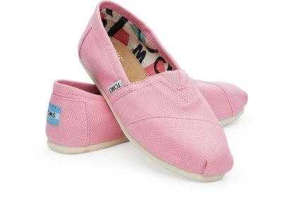 TOMS €47 - Pink Icing Canvas Women Classics http://bit.ly/1MT0HQU