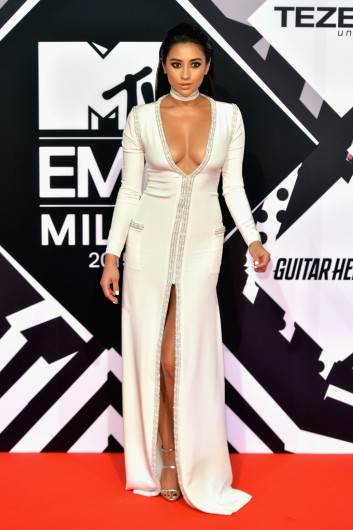 528f72ec66 Best Dressed at MTV EMAs 2015