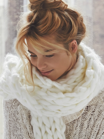Free People €74/£52 - Maggie Maye Chunky Knit Scarf http://en.pickture.com/pick/2398549