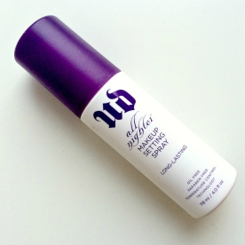 Urban Decay €30/£21 - All-Nighter Makeup Setting Spray http://en.pickture.com/pick/2398494