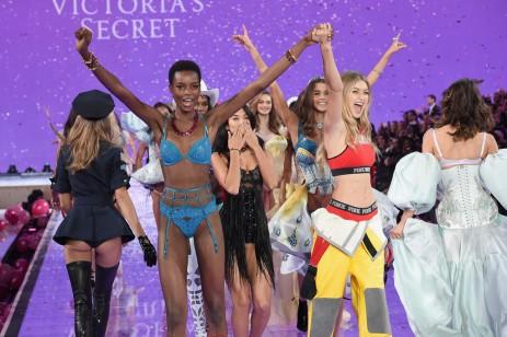 Victorias Secret Fashion Show 2015k