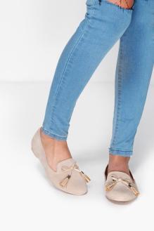 Boohoo €24 - Ella Tassel Trim Loafers http://www.boohoo.com/new-in-shoes/ella-tassel-trim-loafer/invt/dzz85307