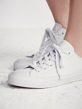 Converse @ Free People €60 - Mono Craft Leather Lo Tops http://bit.ly/1qJaV3g