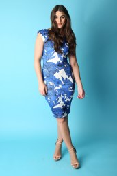 Dresses.ie €15.50 - Round Neck Floral Printed Midi http://bit.ly/2beuRoE