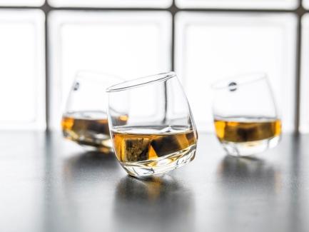 Designist Sagaform Whiskey Stones, €18.50 http://bit.ly/2iNUwZe