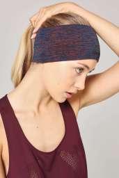 Ivy Park Wide Seamless Headband, €7 http://eu.topshop.com/en/tseu/product/clothing-485092/ivy-park-5463601/wide-seamless-headband-by-ivy-park-5917432?bi=60&ps=20
