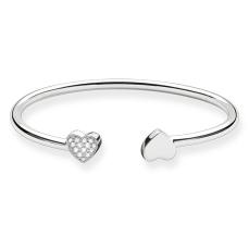 Thomas Sabo €169 - Sterling Silver Heart Bangle http://www.thomassabo.com/EU/en_IE/pd/bangle/AR086.html