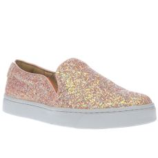 Schuh €31 - Discotheque Flats http://www.schuh.ie/womens/schuh-discotheque-pale-pink-flat-shoes/1326013360/