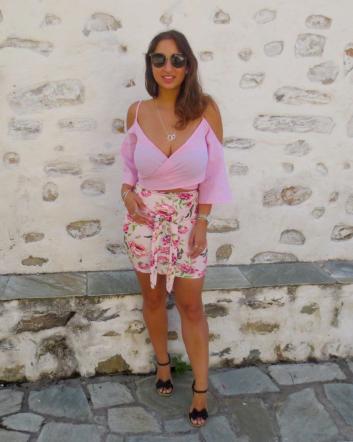 Killer Fashion Nirina Greece Holiday Diary PrettyLittleThing.com