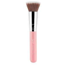 Sigma Beauty F80 Flat Kabuki Makeup Brush, $25 http://bit.ly/2hI6sdY