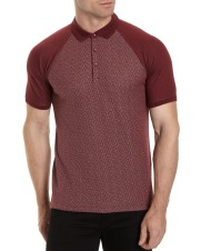 Dunnes Stores Slim Fit Raglan Polo, €15 http://bit.ly/2zibklM