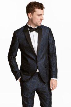 H&M Tuxedo Jacket Skinny Fit, €79.99 http://bit.ly/2z0yEAj