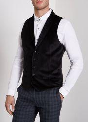 River Island Black Smart Velvet Shawl Lapel Waistcoat, €55 http://bit.ly/2jCVRpf