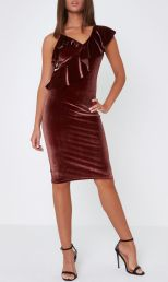 Rust Pink One Shoulder Velvet Midi Dress, River Island, €55 http://bit.ly/2yV5oiq