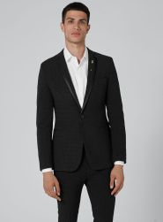 Topman Black Dotted Ultra Skinny Suit, €163.50 http://bit.ly/2hEsQW8