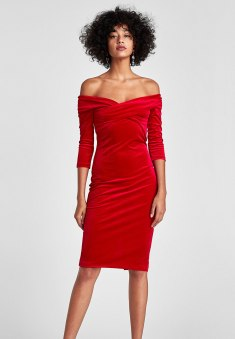 Velvet Tube Dress, Zara, €39.95 http://bit.ly/2zBMBrA