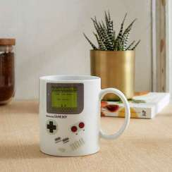 Gameboy Heat Change Mug, Urban Outfitters, €12 http://bit.ly/2yWNfPo