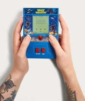 Handheld Space Invaders Arcade Game, Urban Outfitters, €39 http://bit.ly/2BYS7Dc