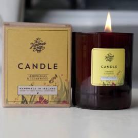 Designist, Handmade Soap & Co. Lemongrass & Cedarwood Candle, €16 http://bit.ly/2Bj2nJc