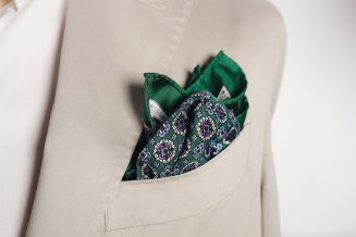 Green & Pink Medallion Silk Pocket Square, Mr. Jenks, €30 http://bit.ly/2BRqeMC