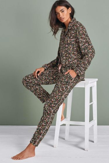 Next Floral Button Through Pyjamas, €44 http://bit.ly/2jqZSKm