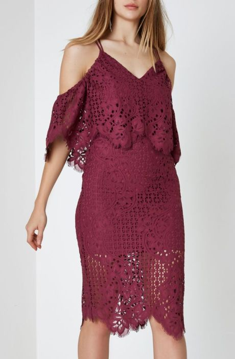 River Island Dark Pink Broderie Lace Bodycon Midi Dress, €100 http://bit.ly/2AvfGW1