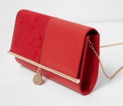 River Island Red Bar Top Charm Clutch Bag, €25 http://bit.ly/2jn9Lci