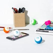 Sphero Mini, Firebox, €56.89 http://bit.ly/2kjSxfs
