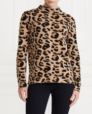 Dunnes Stores Gallery Leopard Jumper, €30 http://bit.ly/2OuDjBw