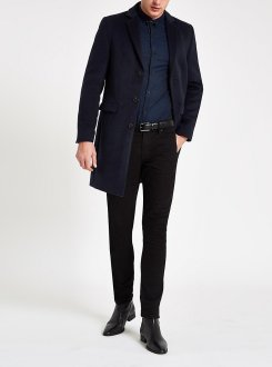River Island x Olly Murs Navy Button-down Overcoat, €107 http://bit.ly/2LtMCSl